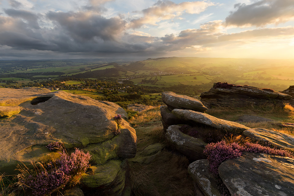 Curbar Edge Light
